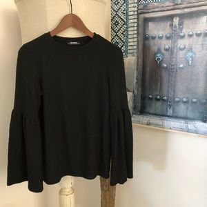 🖤Zara trf black wide sleeve blouse